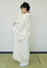 衣紋(えもん)をぬく
